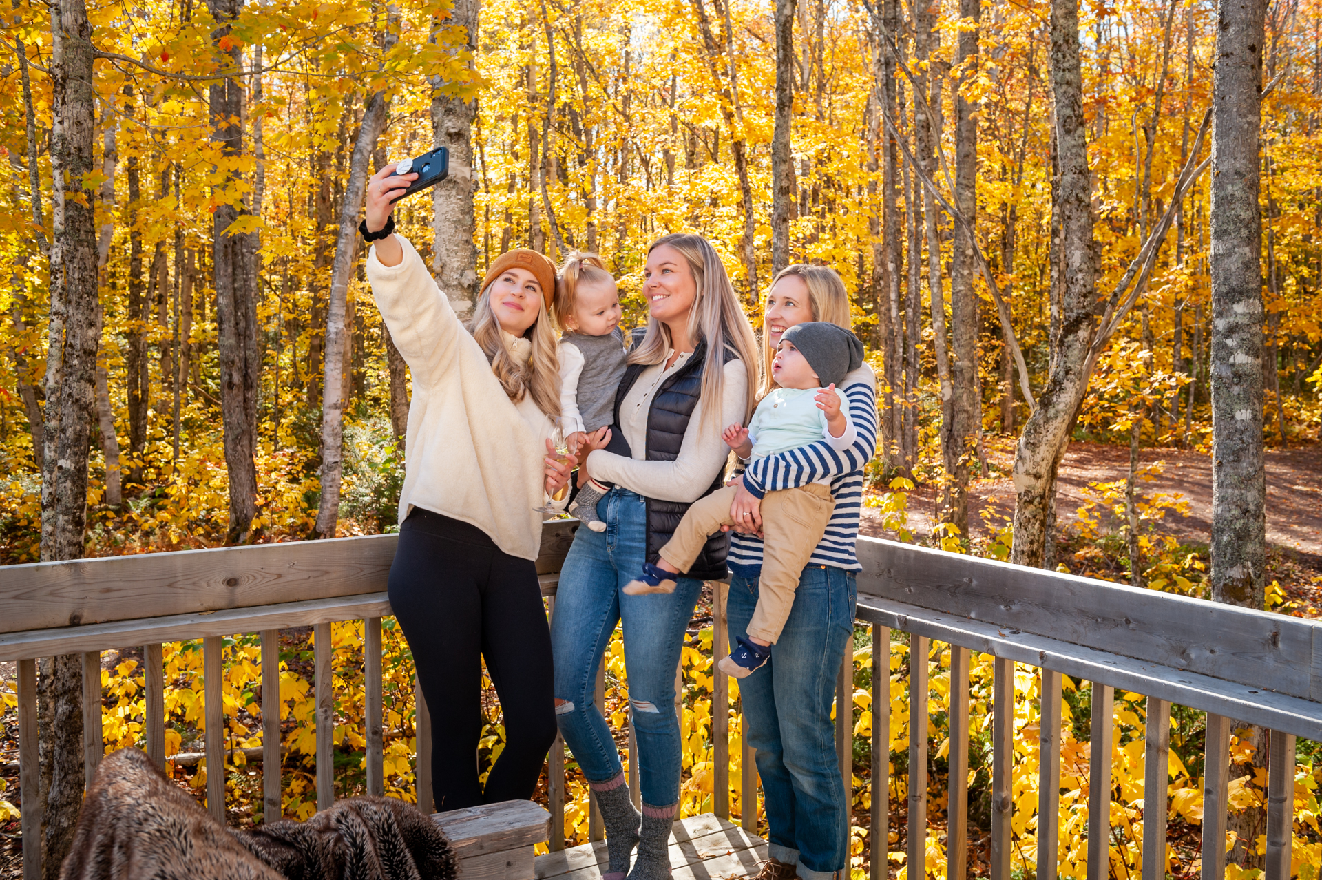 Treetop Haven Family taking selfies